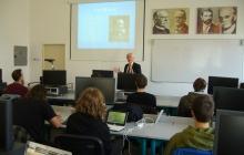 Hostující profesor R. Fox Univ. of Oxford HLE ZS 2010/2011